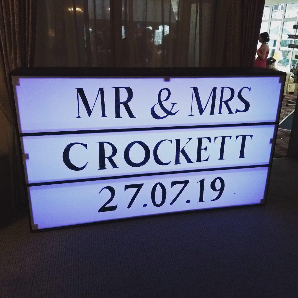 Mr and Mrs illuminated wedding sign